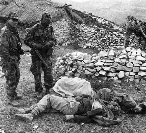 Connectez: En images : Les crimes de l'armée française en Algérie