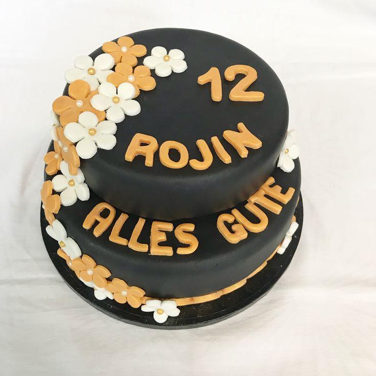 2 stöckige Torte mit Blumen