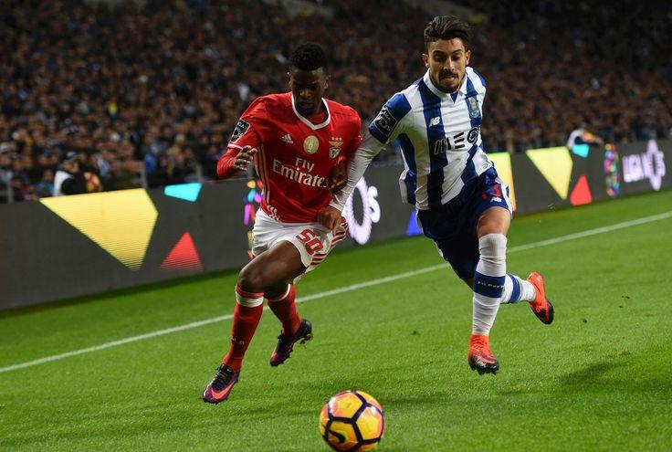 Com o empate, o Benfica mantém os cinco pontos de vantagem sobre o FC Porto, mas pode ver Sp. Braga e Sporting aproximarem-se.