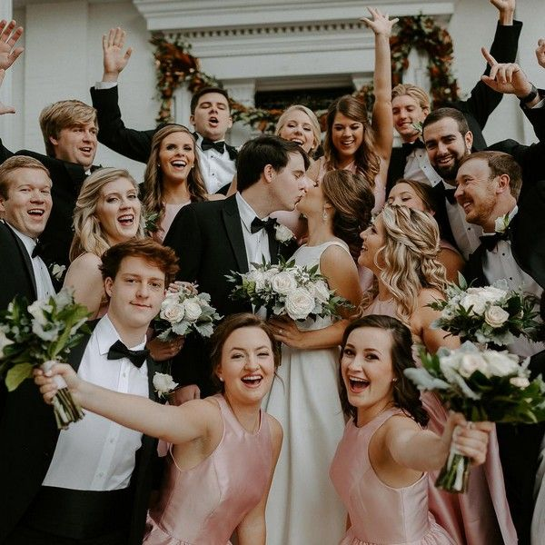 20 Should-Have Wedding ceremony Picture Concepts with Bridesmaids and Groomsmen