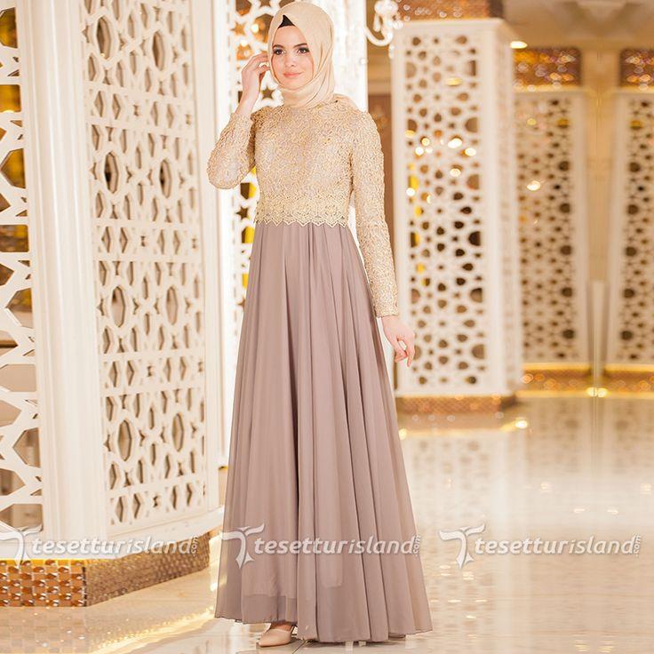 Nayla Collection - Gold Dantelli Gri Tesettür Abiye Elbise 3347GR #tesettur #tesetturabiye #tesetturgiyim #tesetturelbise #tesetturabiyeelbise #kapalıgiyim #kapalıabiyemodelleri #şıktesetturabiyeelbise #kışlıkgiyim #tunik #tesetturtunik