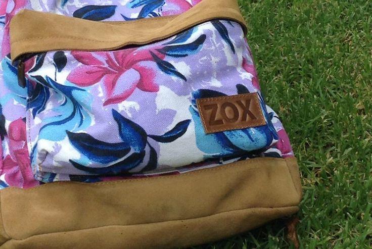 Flowers backpack  Mochila floreada  #ZoxStyle #Gamuza #Yute #Tela Enjoy!!