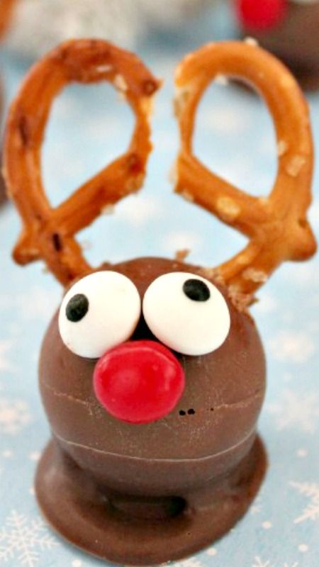 Quick & Easy Rudolph Treats Truffles for a christmas treat for kids