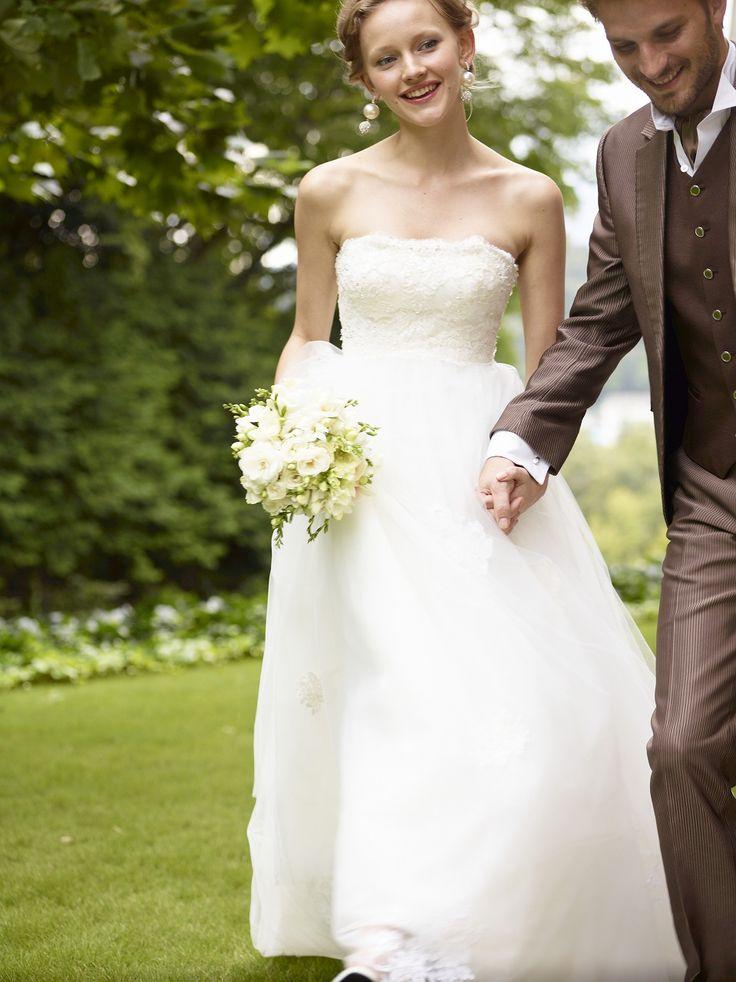 #NOVARESE #wedding #garden #dress #green