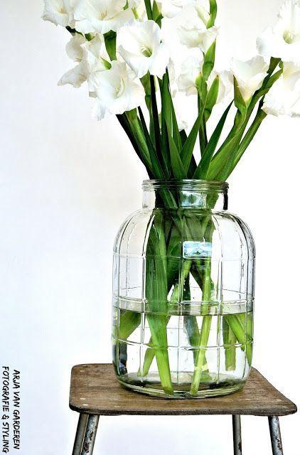 Happy vintage, bloemen, Moos & een budgettip! (via Bloglovin.com )