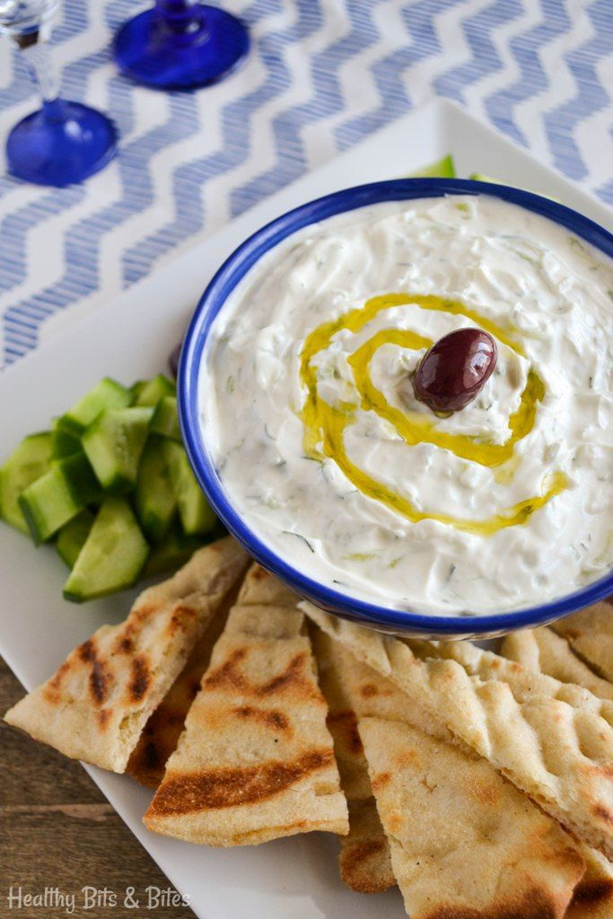 Authentic Greek tzatziki! One of the healthiest dips you can make. The classic recipe plus two delicious variations. | Healthy Bits and Bites