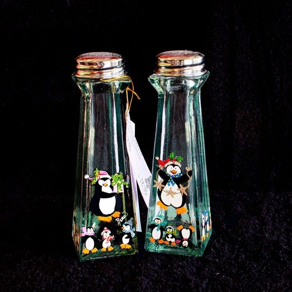 Hand Painted Salt And Pepper Shakers Penguins Item 35