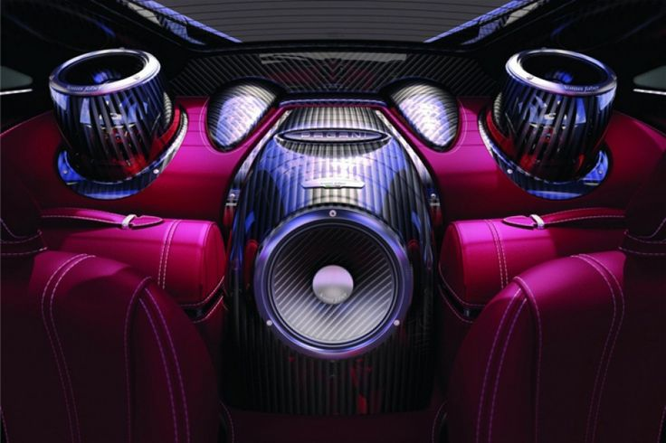 Sonus Faber hifi a Pagani Huayrákban: Ezután majd Sonus Faber hangcucc üvölti túl a Pagani Huayrák 730 lóerős, ezer Nm nyomatékra képes AMG motorját. A high-end audio berendezéseket gyártó olasz manufaktúra nemrég kötött egyezséget a Pagani műhellyel, és máris debütált a szuperautó brutális zenei rendszerével. A teljes cikk még több cool fotóval és videóval >>> www.woohooo.hu/hi-tech/high-end/dizajnos-sonus-faber-hifi-a-pagani-huayra-luxus-sportautokban