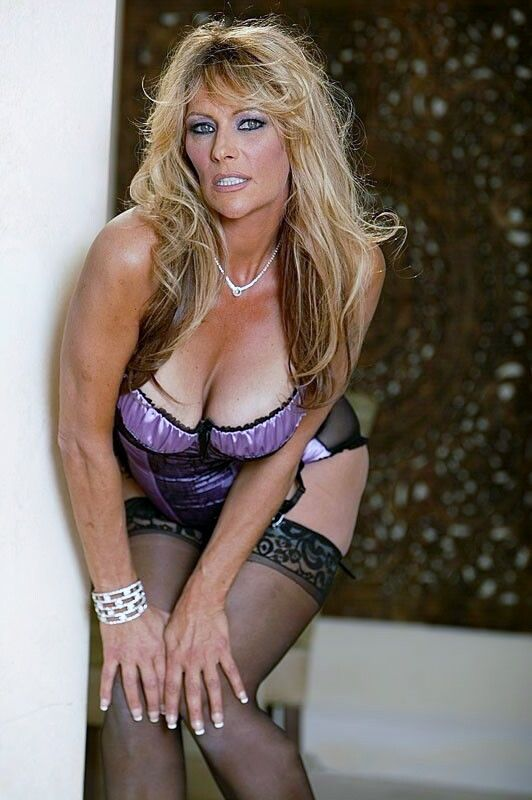 medusa mature women dating site Meeting mature singles has never been easier welcome to the simplest online dating site to date, flirt, or just chat with mature singles it's free to register, view photos, and send messages to single mature men and women in your area.