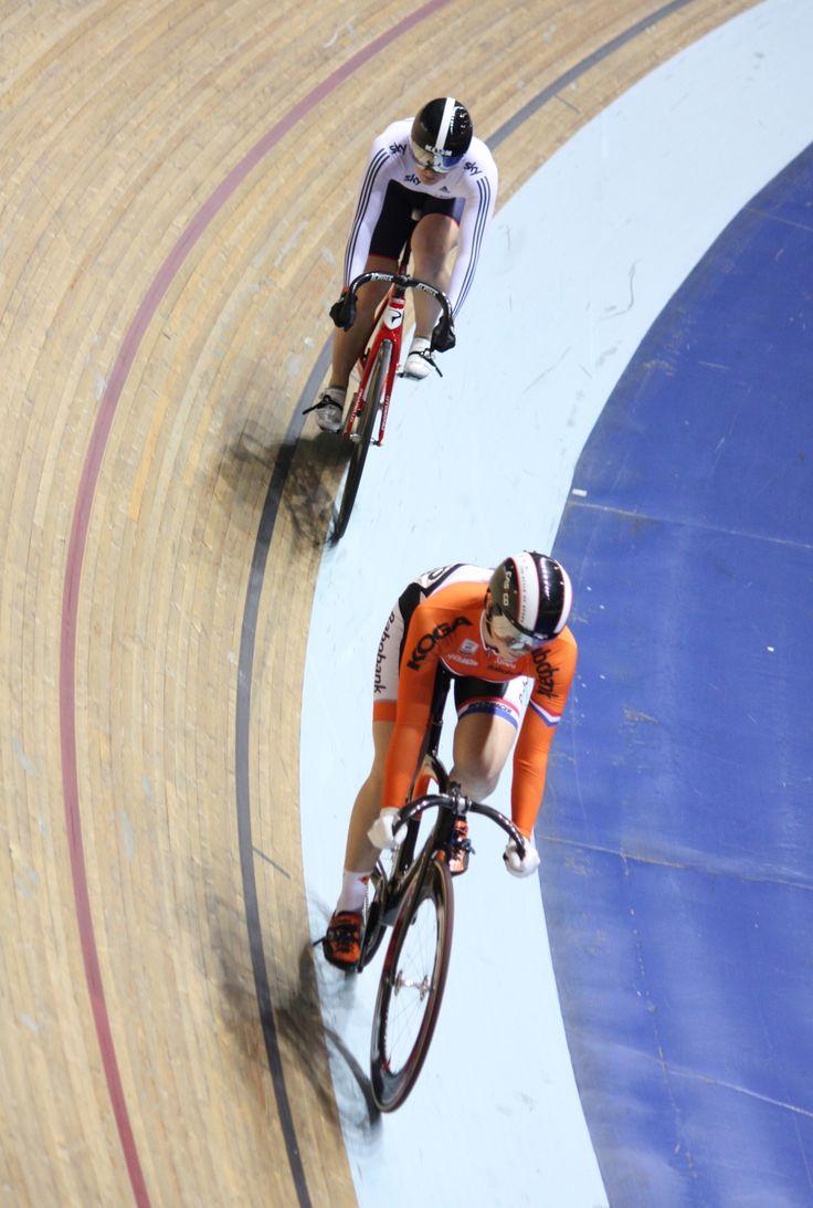 Katy Marchant and Shanne Braspennincx | Revolution Cycling 2014 - Round 3 - Manchester Velodrome