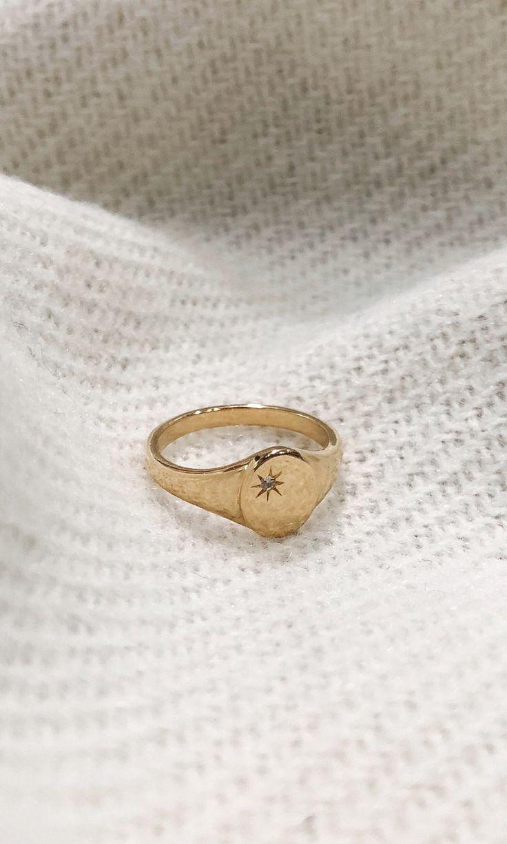 The Star Signet Ring via @cvnthiamarie