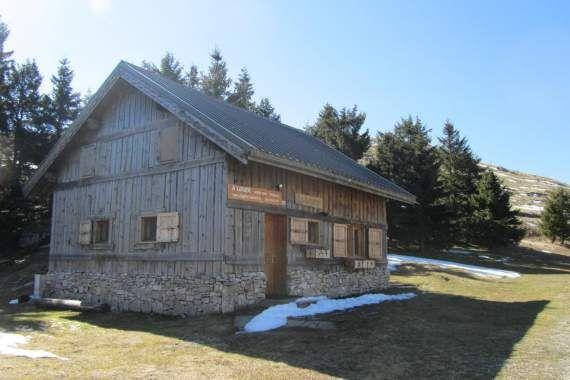 Gîte Vercors - Hébergements hiver Font d'Urle : village vacances et gîtes - La Drôme Montagne