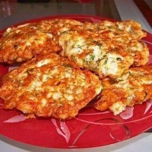 Сочные куриные оладьи с сыром на кефире