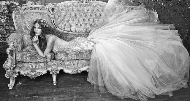 Sample Sale van designer trouwjurken tegen Hele Grote kortingen in aantocht | ELLE