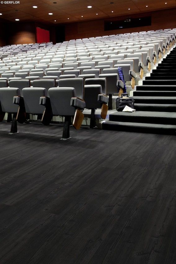 Creation 70 by Gerflor for high traffic - Color Black Creek