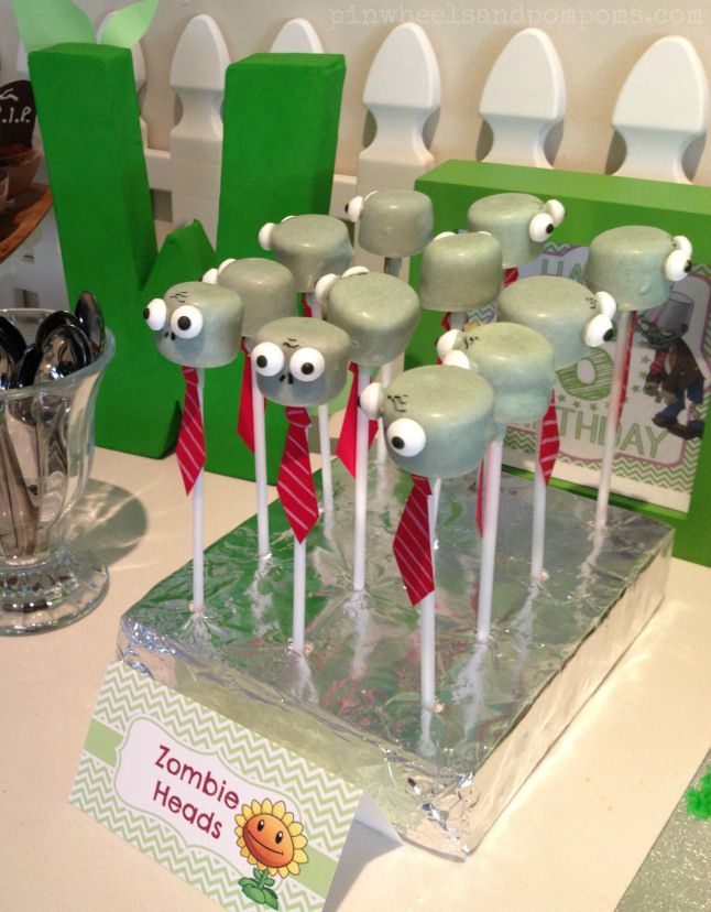 Zombie marshmallow pop at a Plants vs Zombies party