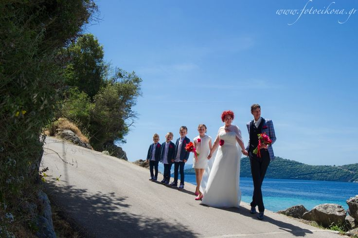 Sweet couple's wedding photos #Lefkas #Ionian #Greece #wedding #weddingdestination Eikona Lefkada Stavraka Kritikos
