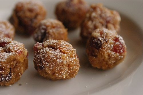 dried fruit and nut balls   Recipes I'm Stealing.   Pinterest