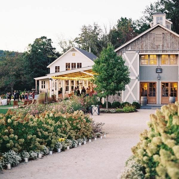 Southern wedding barn venue #wedding #barnvenue # ...
