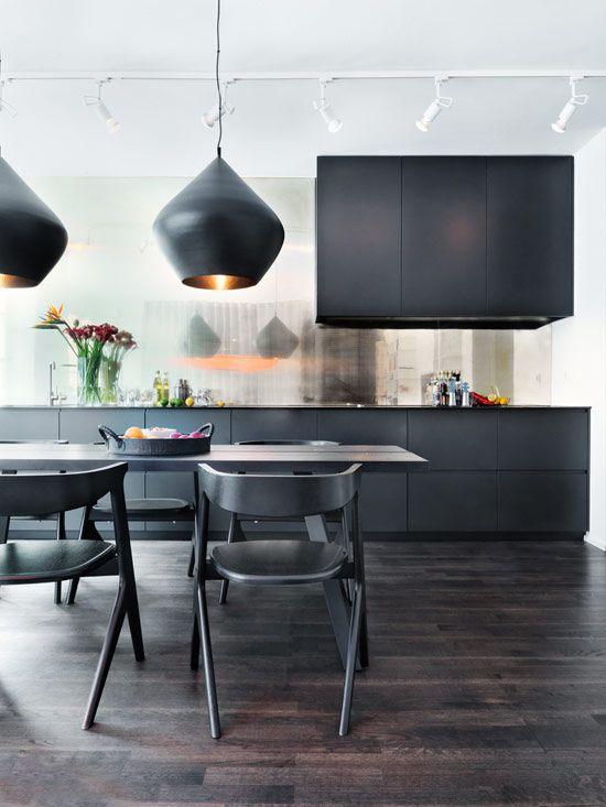 TheDesignerPad - The Designer Pad - NEW YORKINSPIRED - black on black kitchen with mirrored backsplash, tom dixon beat lights