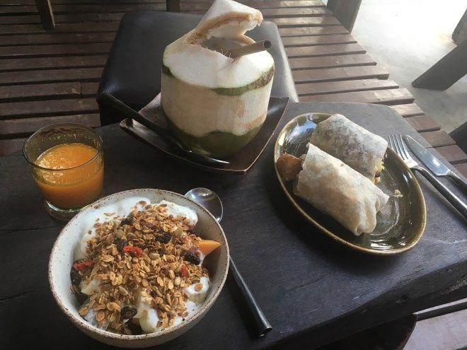 Backpacking auf Koh Tao // Die Schildkröten Insel - Essen im Coconut Monkey