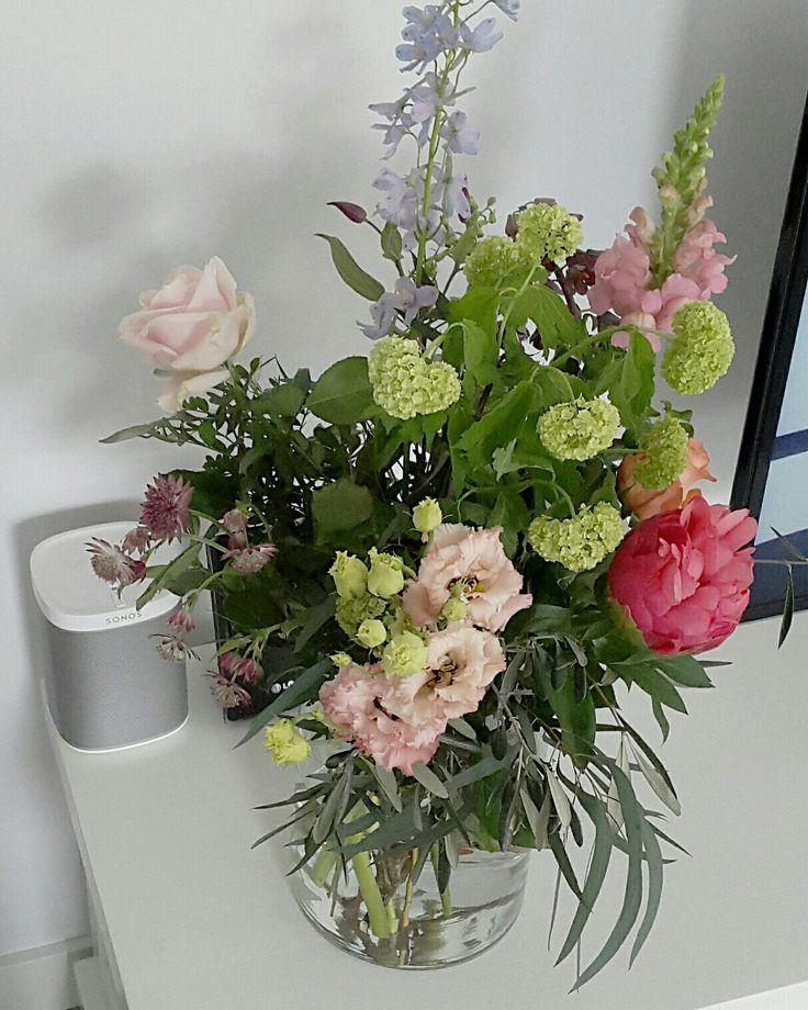 Bloemen Veldboeket groen roze paars perzik lila