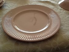 VINTAGE JOHNSON OF AUSTRALIA DINNER PLATE PASTEL PINK 22.5cm WIDE