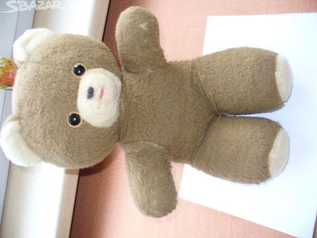 Staré plyšové medvědy, a Radarův medvídek a - obrázek číslo 3