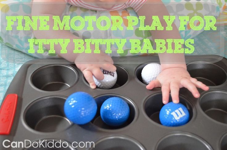 fun, easy Fine Motor Play activity for 3-8 month olds :: pediatric OT's blog inspiring creative Play for Babies