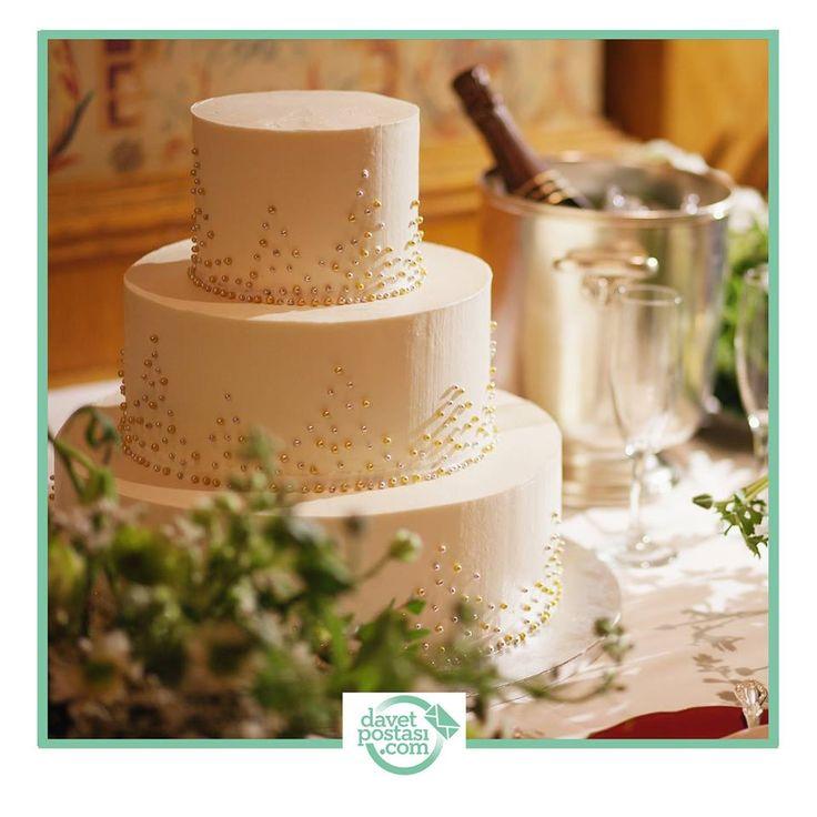 Düğün davetiyenin nasıl olacağına karar vermek için kara kara düşünme! Hemen davetpostasi.com'a gel, hesabını aç, beğendiğin davetiyeyi kolayca oluştur ve tüm listene gönder. #düğün #wedding #davetiye