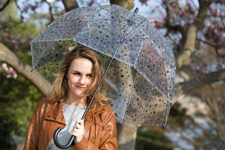 De prachtige paraplu van Smati is eigenlijk te mooi om te bewaren voor regenachtig weer. Opent en sluit automatisch.