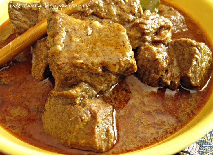 Fűszeres borjúragu, ilyen fincsit még étteremben sem ettél! A férfiak kedvence :)