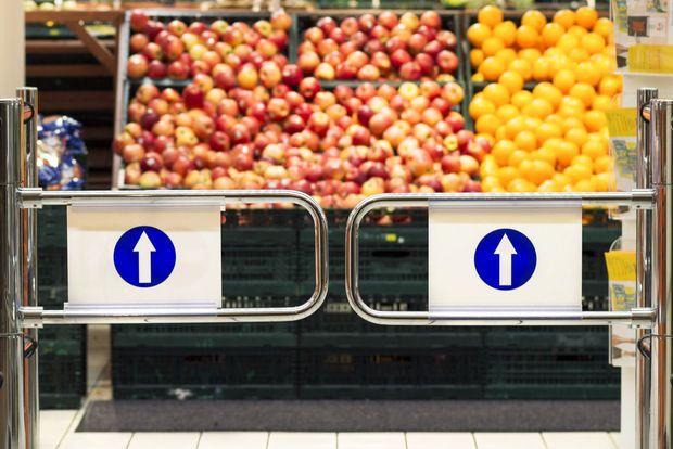 """""""Voeding voor singles in supermarkten is te duur"""", zegt Vlaams Parlementslid Rob Beenders (sp.a) vandaag op MoneyTalk. Maar als een alleenstaande slim omgaat met bulk, hoeft die niet meer te betalen dan de leden van een gezin. Dankzij deze tips winkel je goedkoop en eet je lekker, zonder verspilling en nodeloos verpakkingsafval."""