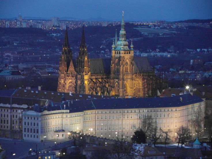 Location: Prague Castle. Photographer: Noor Heynen BLACKWOOD Styling, Events and Management