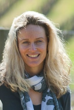Louise Hemsley-Smith from Spring Seed Wine Company - our Fabulous Lady of Wine on Friday! http://fabulousladieswinesociety.com/2013/03/louise-hemsley-smith-battle-of-bosworth-spring-seed-wines/
