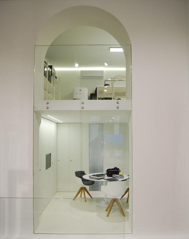 L'attività dell'architetto fin dall'apertura di uno studio autonomo nel 2003 è tutta proiettata verso la riqualificazione di spazi abitati in ambito residenziale e commerciale. Avendo maturato per oltre 10 anni esperienza nel negozio di arredamento di famiglia, il suo approccio al progetto è sempre rivolto ad ottimizzare lo spazio architettonico con l'arredo interno che spesso si trova a disegnare su misura per i propri clienti. Dal 2008 inizia una proficua collaborazione con la F.lli…