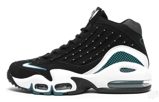413f2b74e70 The 90 Greatest Sneakers of the  90s