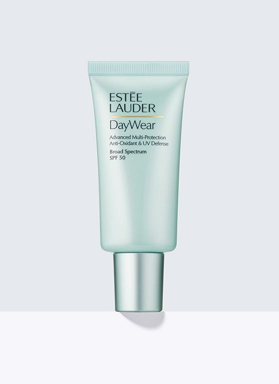 DayWear, Advanced Multi-Protection Anti-Oxidant & UV Defense SPF 50 - Powerful UV protector helps defend your skin to keep it looking younger, longer. Includes our Super Anti-Oxidant Complex plus Broad Spectrum SPF 50 to help skin resist the first signs of aging. For all skintypes.