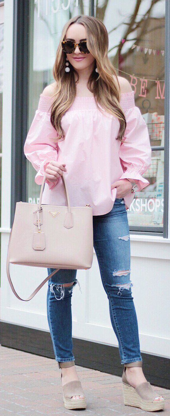 adorable spring outfits / Pink Blouse / Light Leather Tote Bag / Ripped Skinny Jeans / Grey Suede Platform Sandals