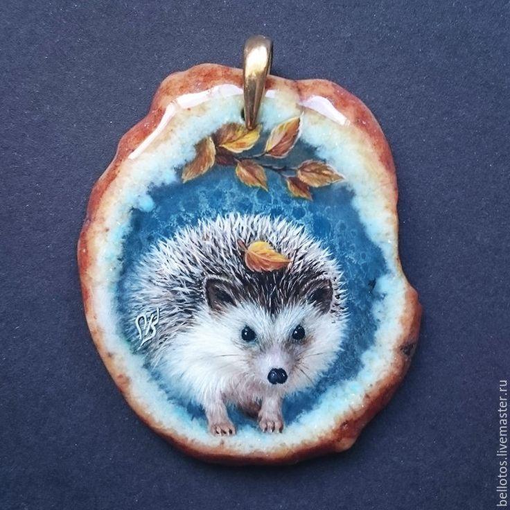 """Купить Кулон """"Ёжик"""" - миниатюрная роспись на камне - голубой, миниатюрная живопись, кулон с росписью"""