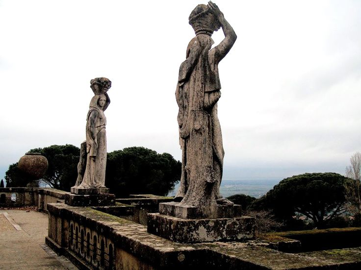 Statues on the 'upper terrace' at the site of Domitian's Alban Villa, at Castelgandolfo. 20 March 2009