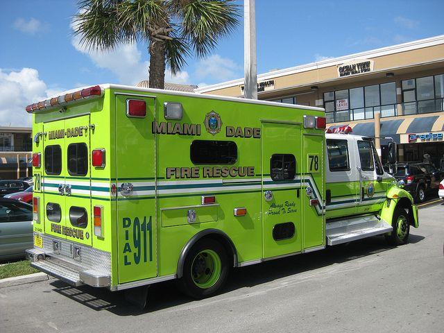 Best 25+ Ambulance Ideas On Pinterest   Emt Classes Near ...