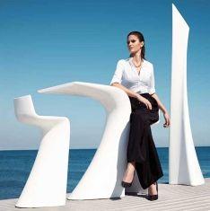 Tavoli Alti di Design in Resina : Modello WING