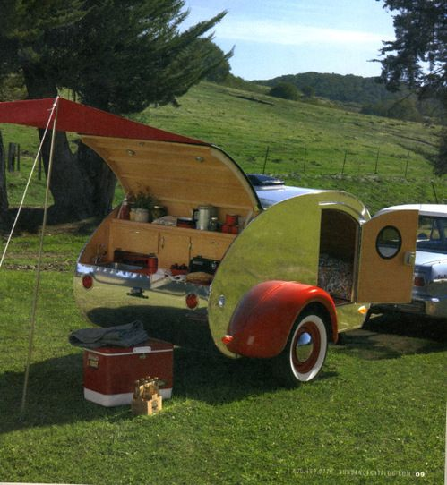 Vintage ~ pint-size Airstream