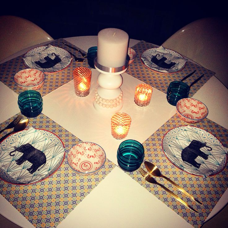Thai night! Table setting to bring out the mood! Elephant napkins for cuteness and disposable printed placemats for colour!
