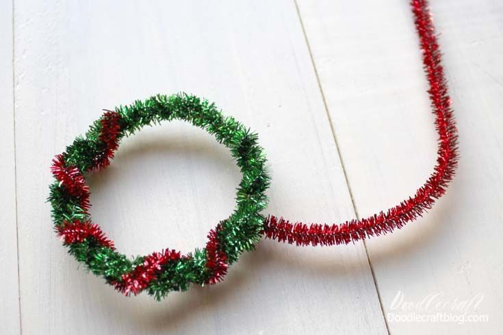 Tinsel Pipecleaner Pineapple Wreath Ornaments Christmas In July Christmas In July Christmas Crafts Diy Diy Christmas Ornaments