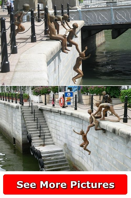 People of the River Sculpture - Singapore http://666travel.com/people-of-the-river-sculpture-singapore/