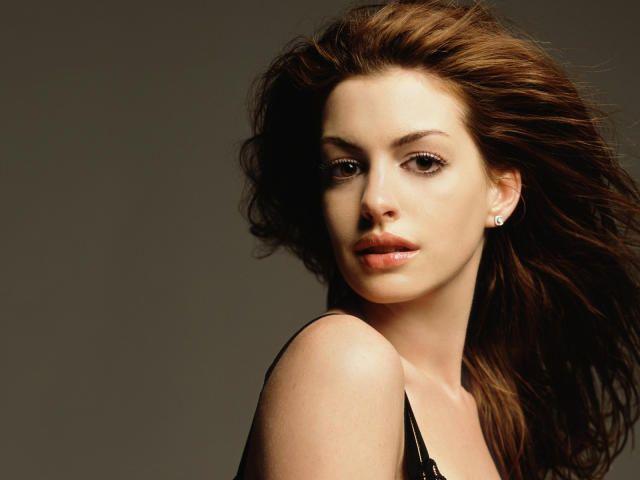 Anne Hathaway Fabulous Hd Wallpapers Wallpaper Hd Celebrities 4k Wallpaper Wallpapers Den Anne Hathaway Celebrity Wallpapers Celebrities