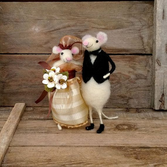 mice wedding cake toppers uk wedding mice cake topper amimal mouse groom garter 17334