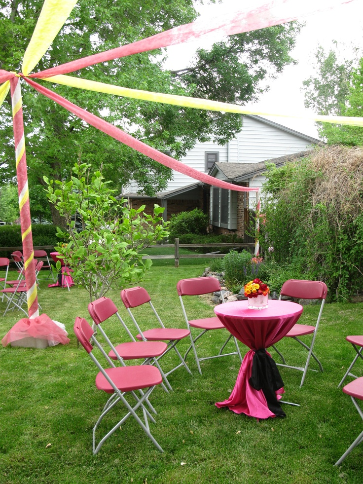 Graduation parties red and yellow outdoor party for Outdoor decorating ideas for graduation party